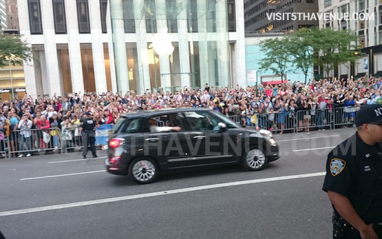 Pope Francis Visits 5th Avenue On Thursday, September 24, 2015