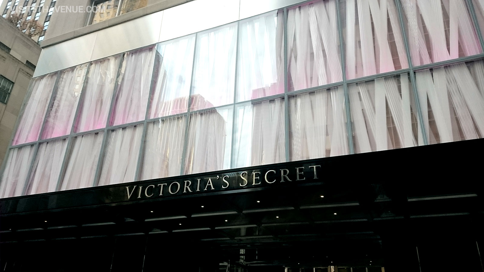 Victoria's Secret 640 5th Avenue