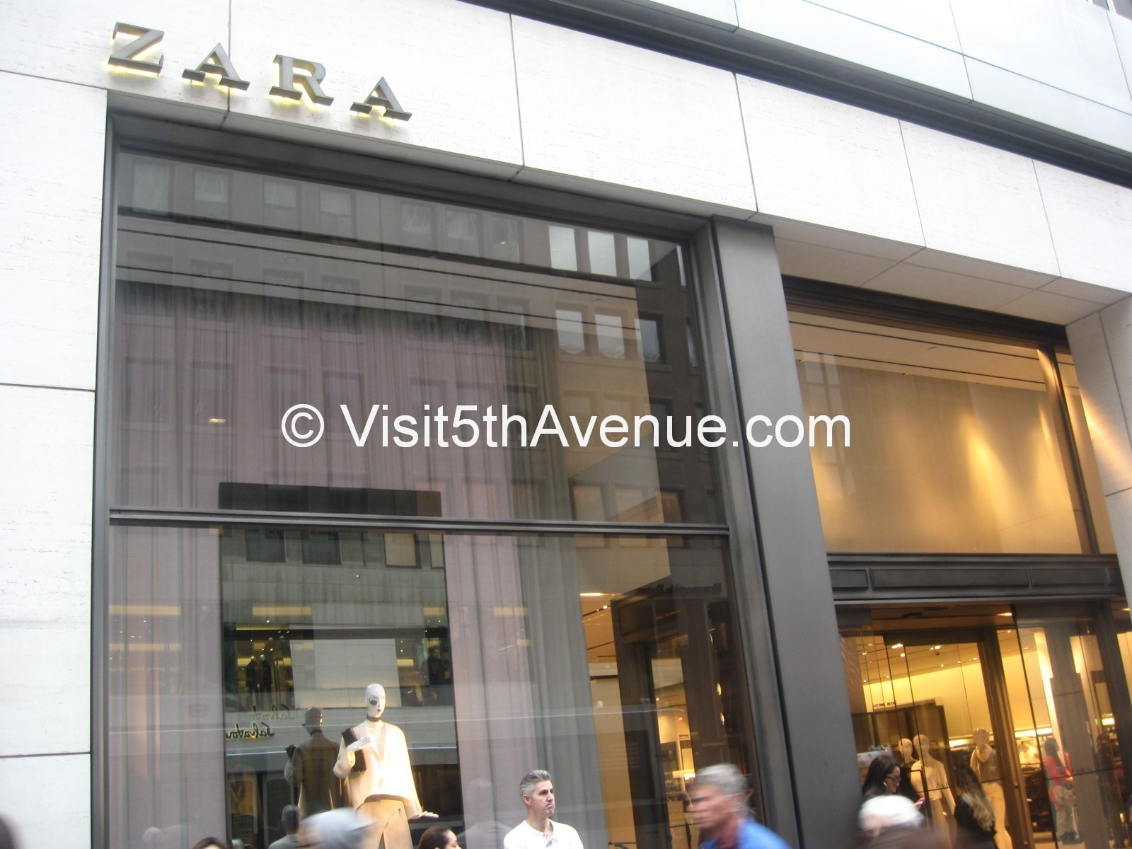 Zara Store 5th Avenue